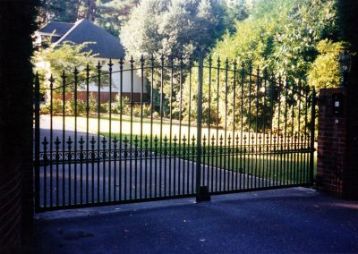 Curved Double Gates - GD11