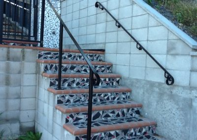 Handrail profile bar with scroll - H3