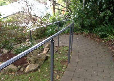 Handrail curved profile bar - H8