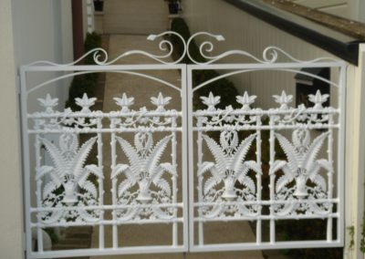 Double Gate Decorative Cast Panels - GD4