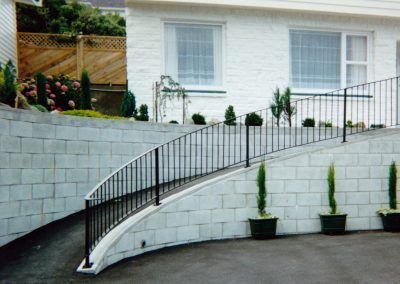 Curved Balustrade - OB19